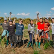 Sustainable coastlines NZ - Te Atatu Peninsula Schools Planting Day photo 2